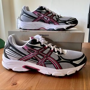 ASICS Gel Galaxy 5 Running Shoe White Berry Black